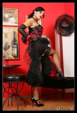 Ivonne massage escorte girl à Annonay